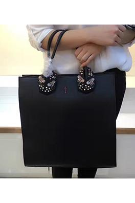 【クリスチャンルブタン Ch*istian Loub*utin】 ショルダー バッグ 2WAYバッグ 新作 イタリア メンズファッション 流行り abg1080