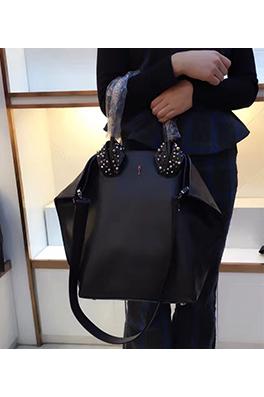 【クリスチャンルブタン Ch*istian Loub*utin】ショルダー バッグ 2WAYバッグ 新作 イタリア メンズファッション 流行り abg1082